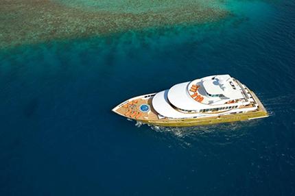 maldives_crown_0002